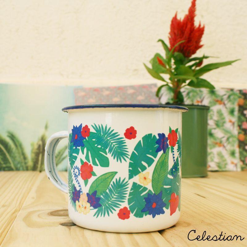 ¡Buenos días! ¿Os gustan las nuevas tazas de la colección tropical? Son de metal y tienen un acabado vintage que... ¡nos encanta! Además, podéis pedirlas con tapa para mantener el calor de las bebidas, o sin ella. #taza #buenosdias #cocina #hogar #tropical #cafe #pinterest