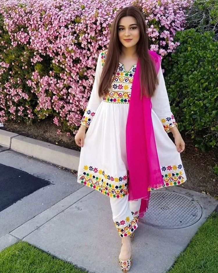Pakistan Street Style Pakistanstreetstyle Instagram Photos And Videos Afghan Clothes Pakistani Fashion Casual Fashion Dress Party