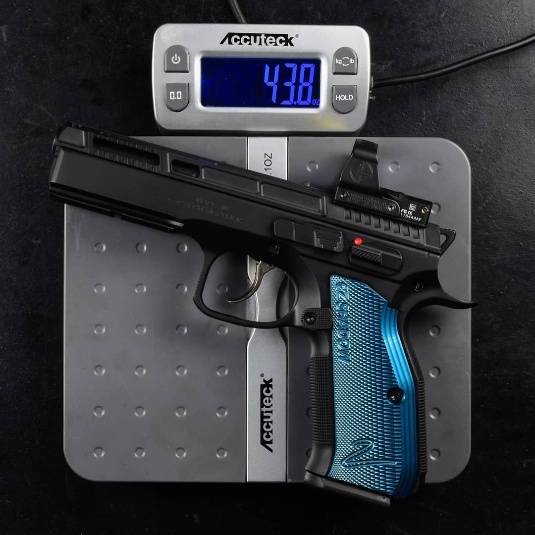 Primary Machine On Instagram New Carry Optics Weight Reduction Package For Cz Shadow 2 43 8oz With A 2oz Optic Installed Is Pretty Ins Hand Guns Guns Shadow