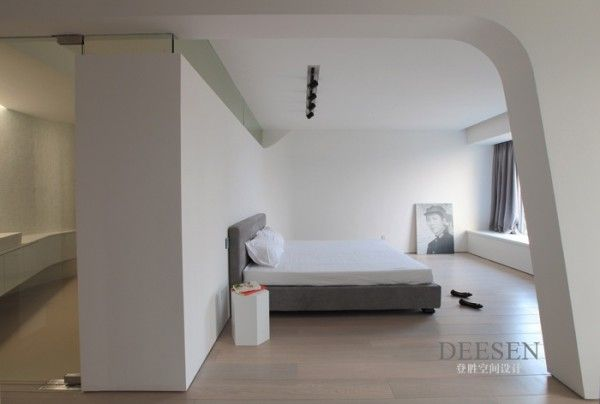 Futuristic design futuristic bedroom entrance sleek white with black rail lighting 600x404 charming sky