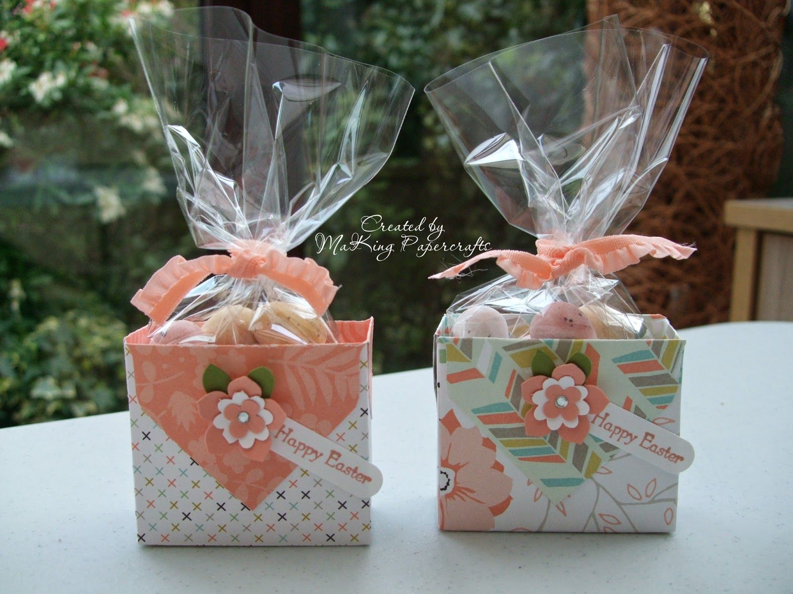 Today I have a couple of little treat boxes to show you that I made last week to give to a friend and her daughter. They are super easy t...