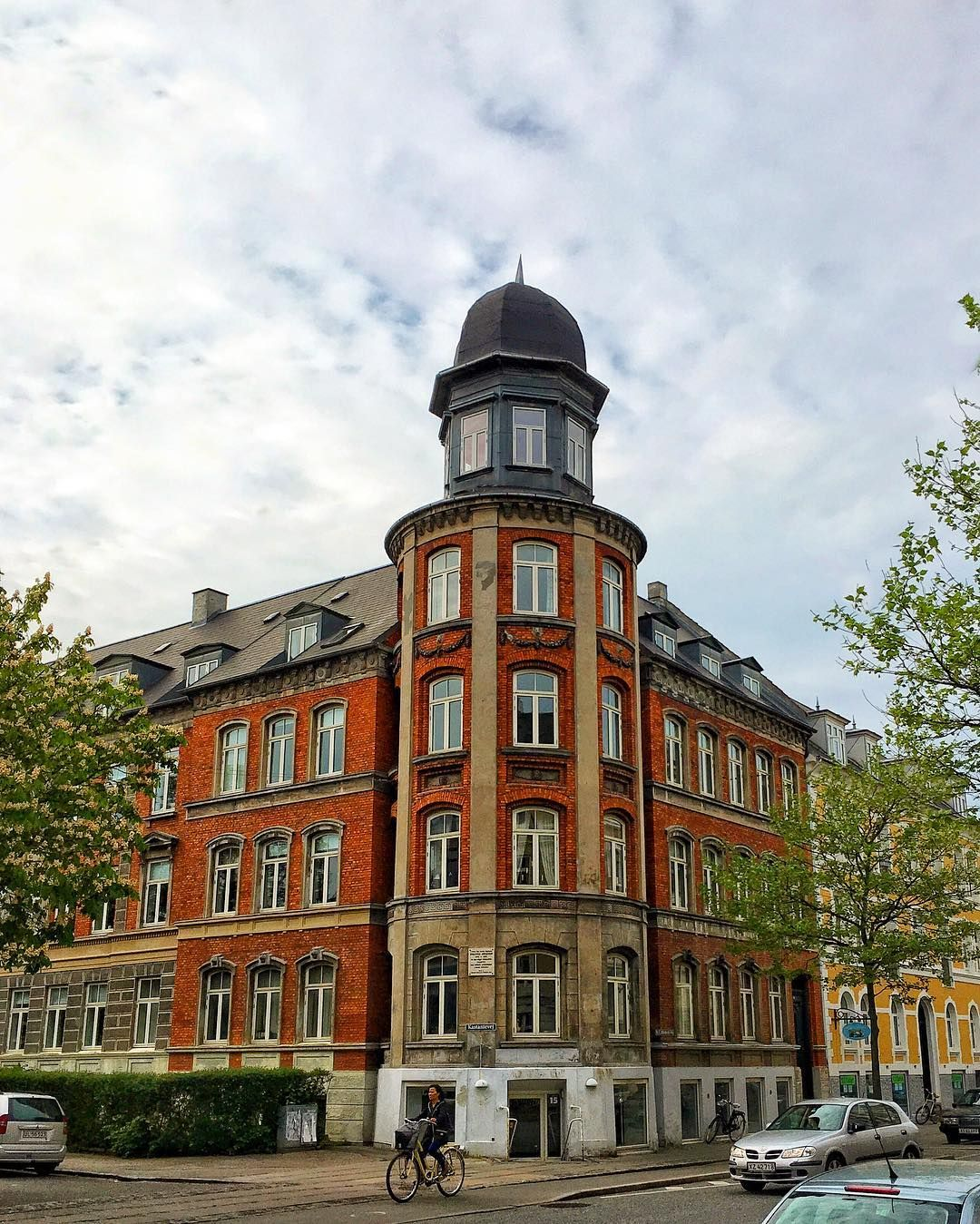 Old Apartment Building: Beautiful Old Apartment Building At Lykkesholms Allé In
