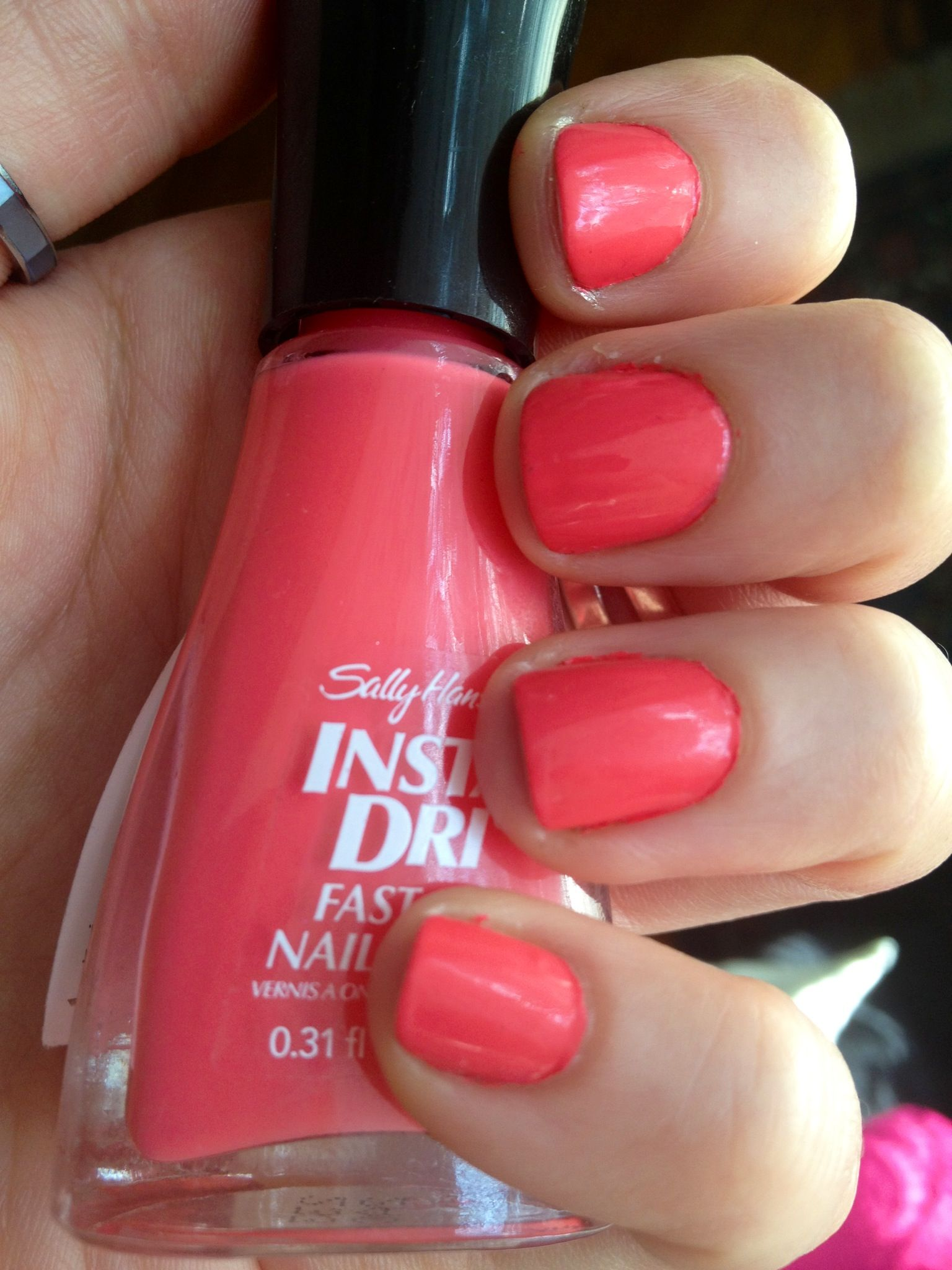 Sally Hansen Insta Dry Fast Dry Nail Color In Peachy Breeze
