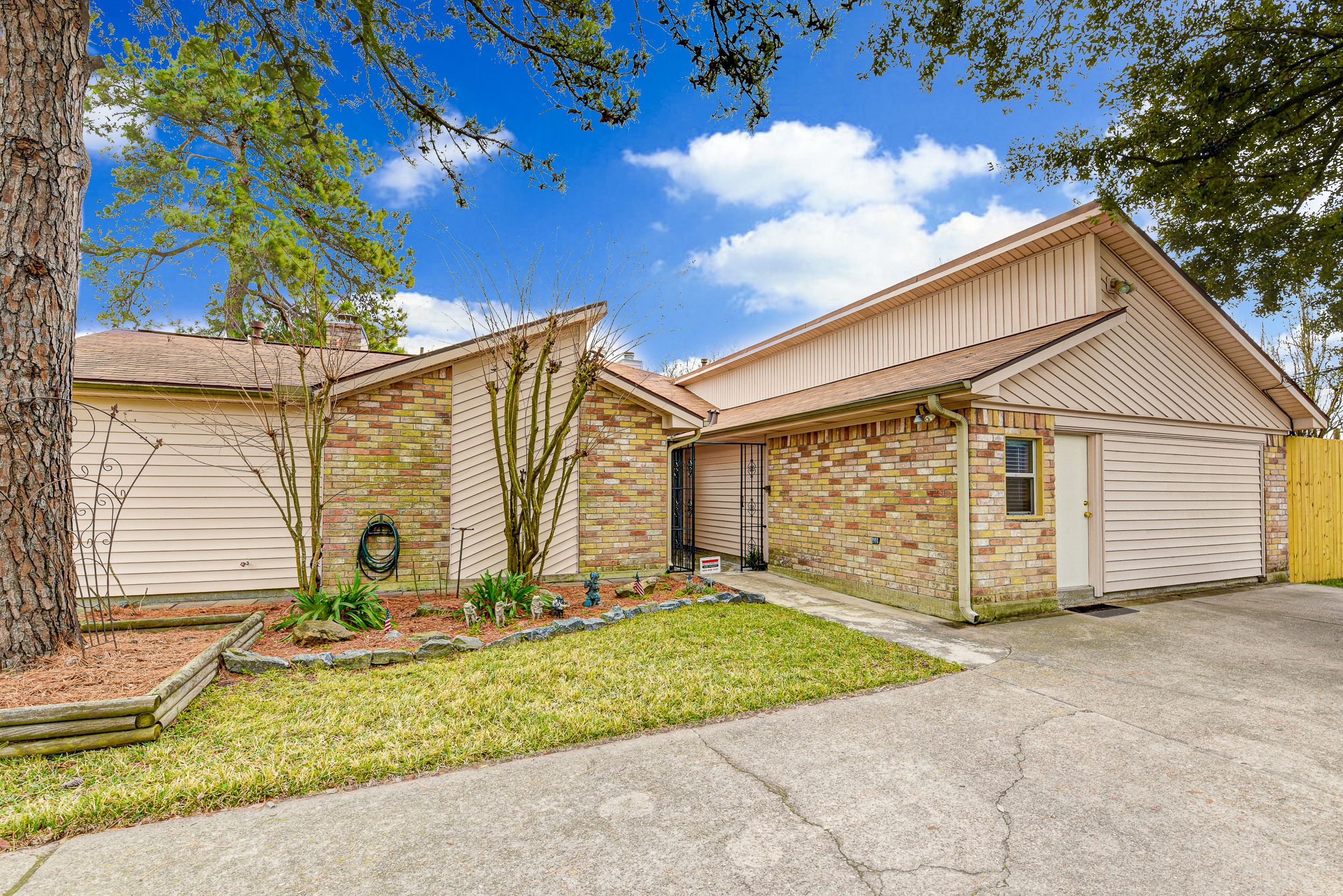Just Listed 11130 Lilleux Rd Houston Tx 77067 Experience