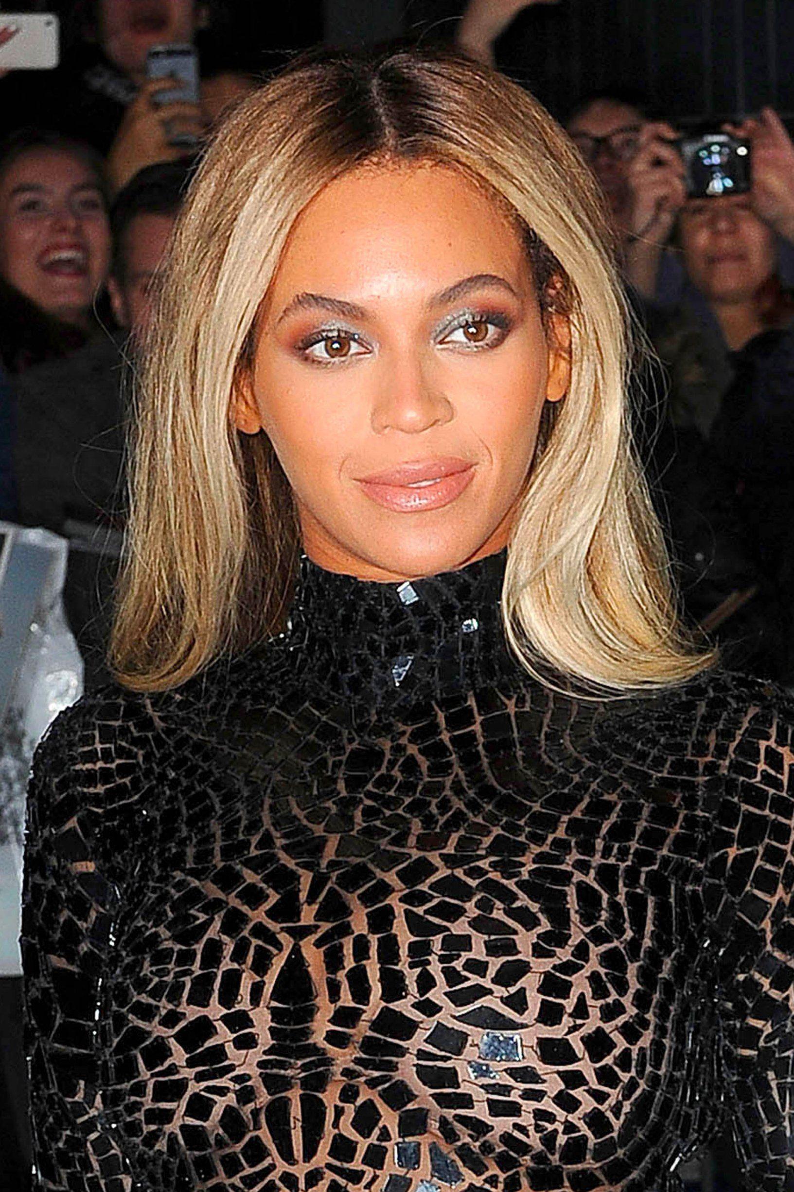 Les Cheveux Blond Cendré De Beyoncé Colorations Cheveux Long