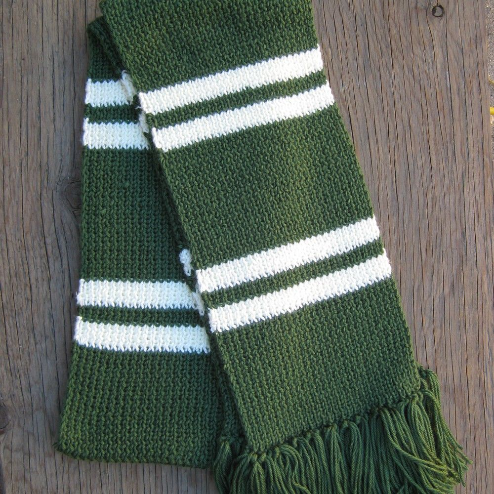 Dark green and silver / white striped knit scarf | Scarves and Patterns