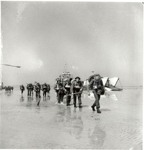 Canadian troops landing at Juno beach, D-Day 6 June 1944