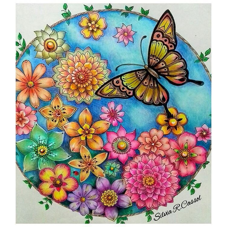 "136 Likes, 14 Comments - Silvia (@silviareginacassol) on Instagram: ""#wonderfulcoloring #selvamagicaoficial #selvamagica #arte_e_colorir #divasdasartes #boracolorirtop…"""