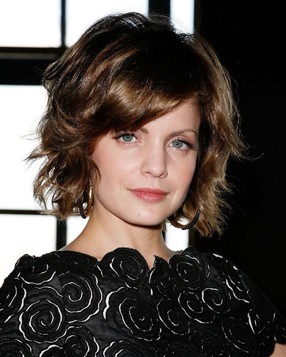 Short bob haircuts and hairstyles for spring summer hair and