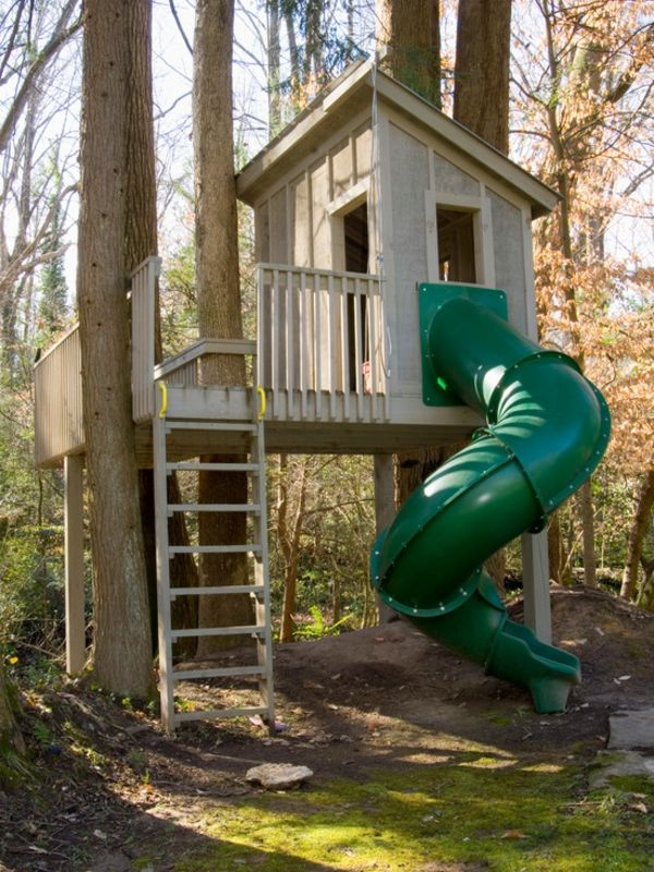 Une cabane dans les arbres pour votre enfant en vert - Cabane dans les arbres selection originale ...