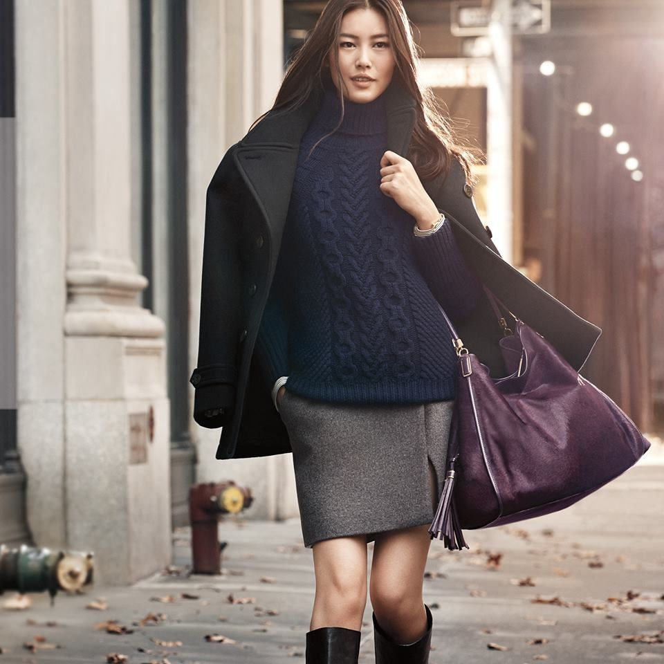 Supermodel Liu Wen- Love her navy blue cable knit sweater, grey ...