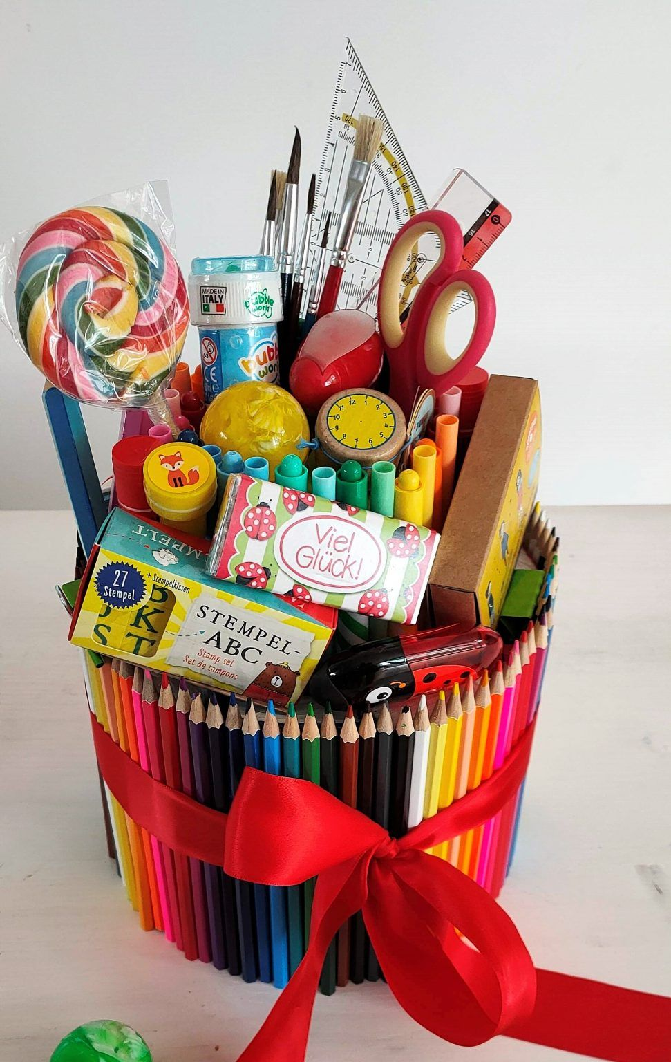 Stifte-Torte - eine Geschenkidee zum Schulanfang
