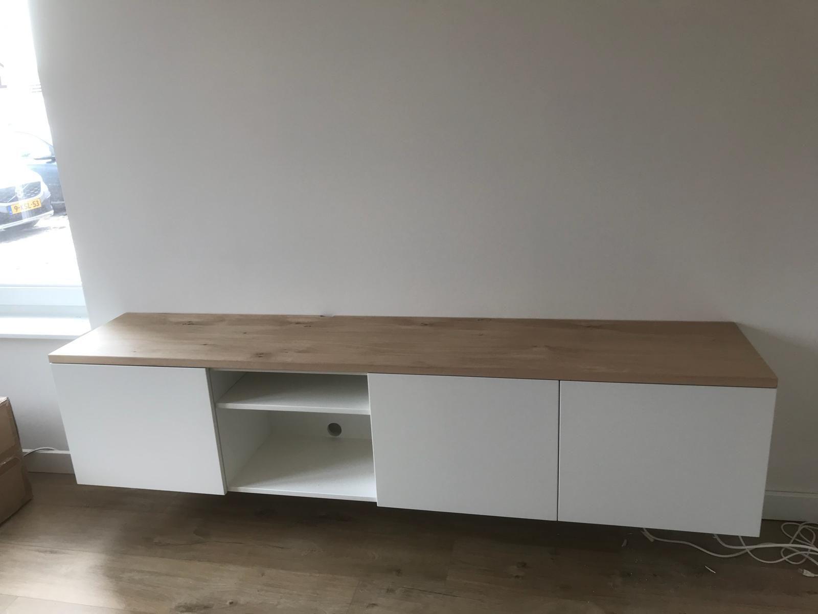 Tv Meubel Design Eiken.Tv Kast Zwevend Strak Modern Design Met Eiken Blad Decoratie In
