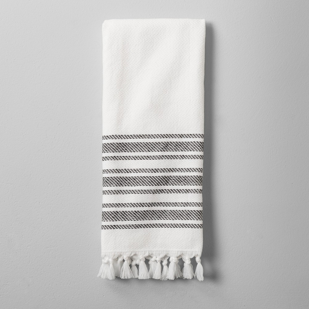Bath Towel With Tassel Black White 5 99 With Images Hearth