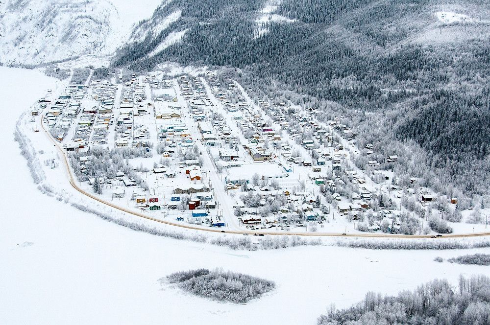 15 Photos That Will Make You Want To Experience The Yukon Quest Yukon Quest City Canada Travel