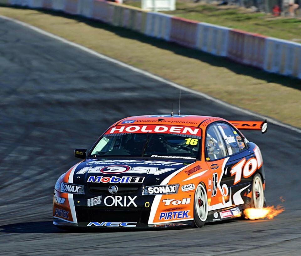 HSVDT Garth Tander 2006 QLD Raceway (With images