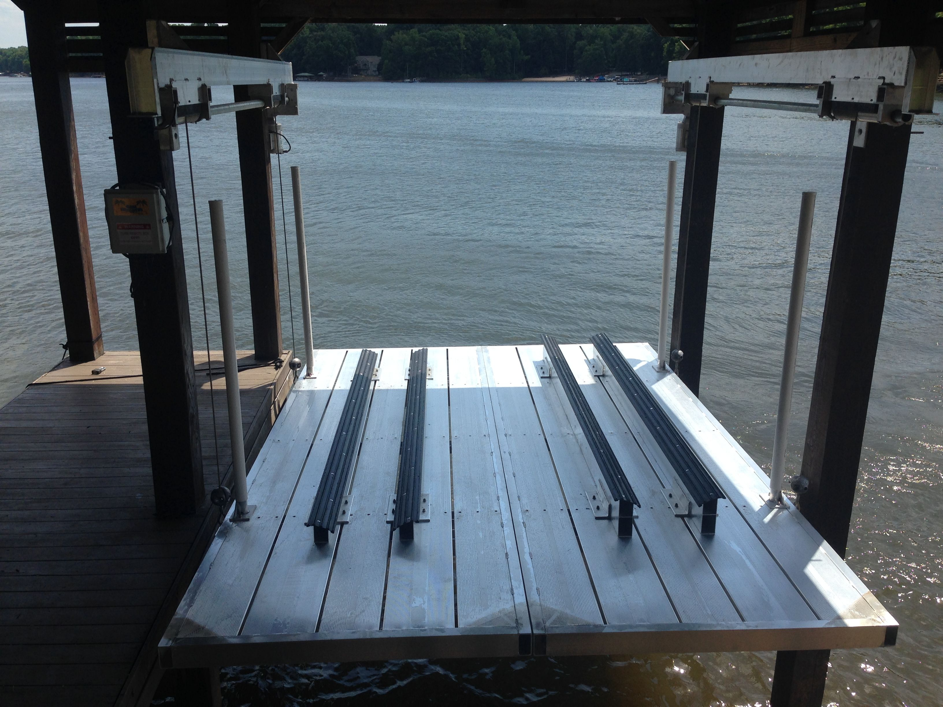 Aluminum Boat Lifts : Aluminum deck lift a great way to store your jet skis