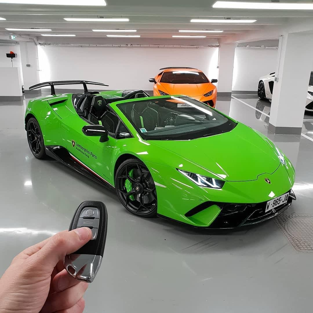 Lamborghini Huracan Performante Spyder V10 Engine Top Speed