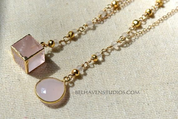 1 pendant cube with collar loop from rose quartz