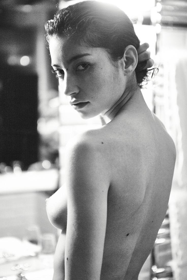 Tits Hacked Emilie Payet naked photo 2017