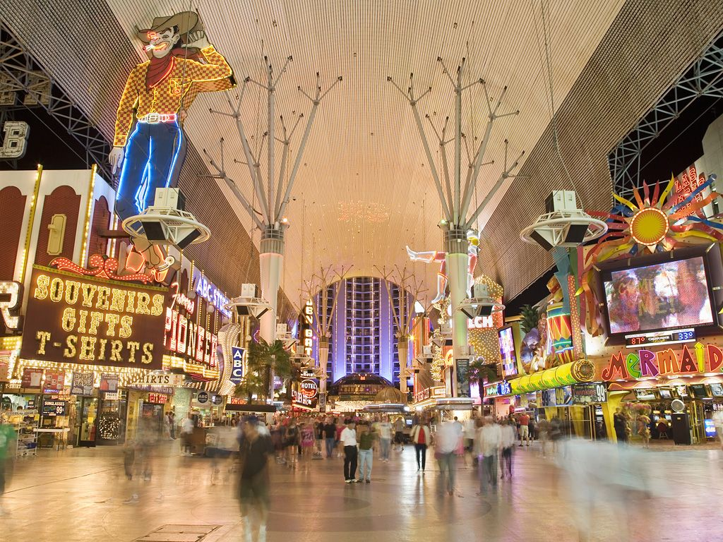In 1905, Las Vegas started near the corner of Fremont Street — the city's first paved street — and Main Street. Today, all of your senses come alive when strolling down this $70 million experience. The 7-block open-air pedestrian mall features legendary casinos, performance stages, live entertainment and an amazing graphic light show.