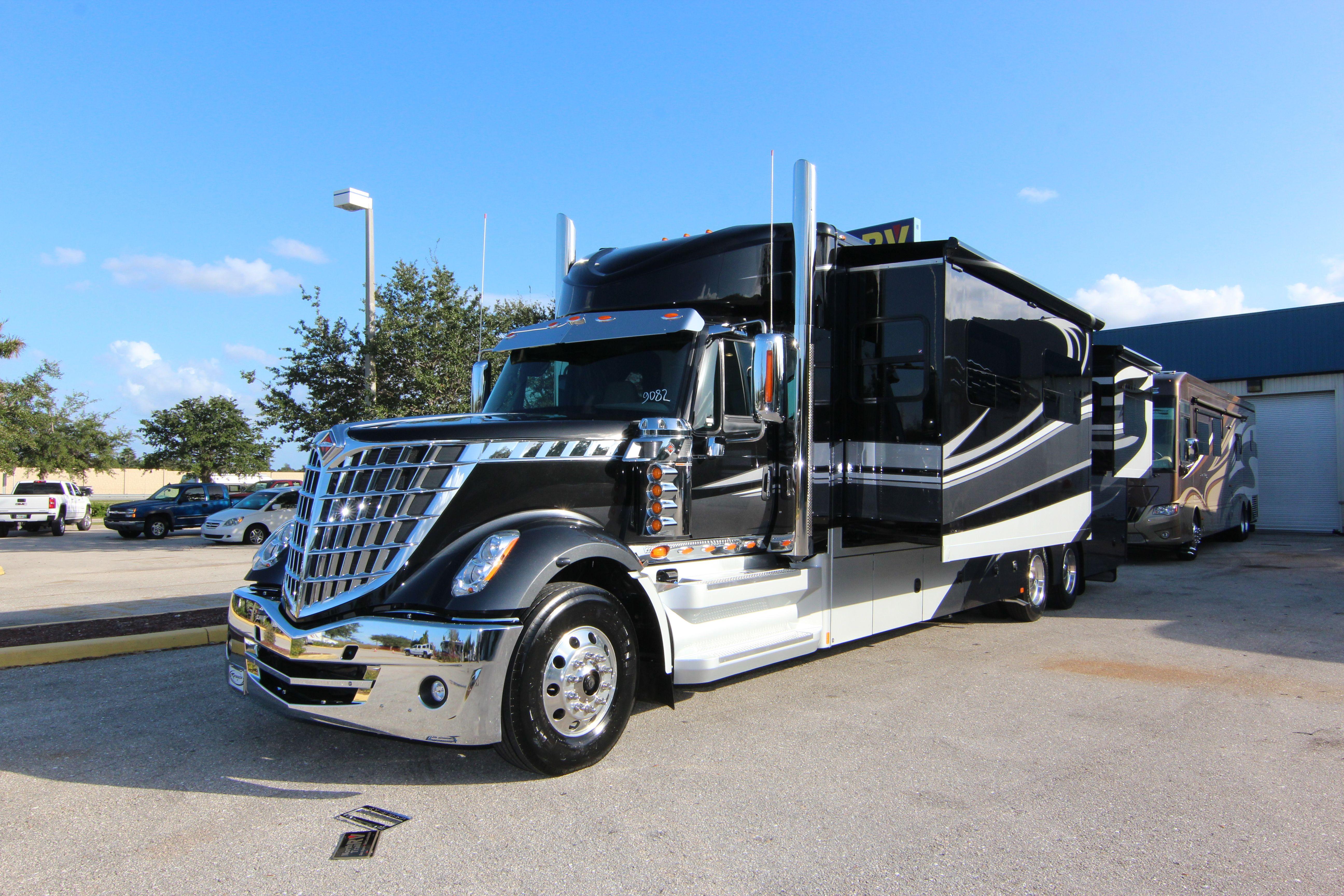 2016 Renegade XL LoneStar | Renegade RVs | Rv truck, Rv