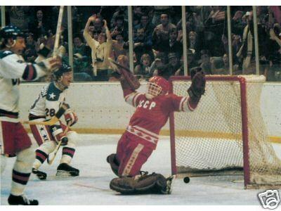 1980 Hockey Team Usa Vs Russia Mike Eruzione S Game Winning Goal Olympic Hockey Usa Hockey Team Usa Hockey