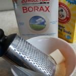 How To Make Your Own All Natural Fabric Softener + The Best Ways To Remove Static Cling