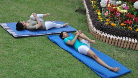Yoga for Gastritis Treatment, Causes, Symptoms, and Gastritis Diet