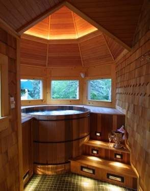 Intimate Rooms Suites In Jackson Nh Hot Tub Room Indoor Hot Tub New Hampshire