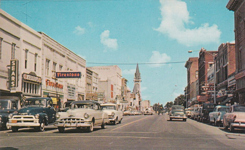 Business section street view, Valdosta, Georgia, 1950s-60s ...