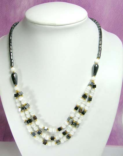 beaded jewelry images   Beaded Necklace Designs   Necklaces ...
