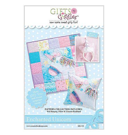 QSC111, Enchanted Unicorn<br>Wall Hanging & Pillow