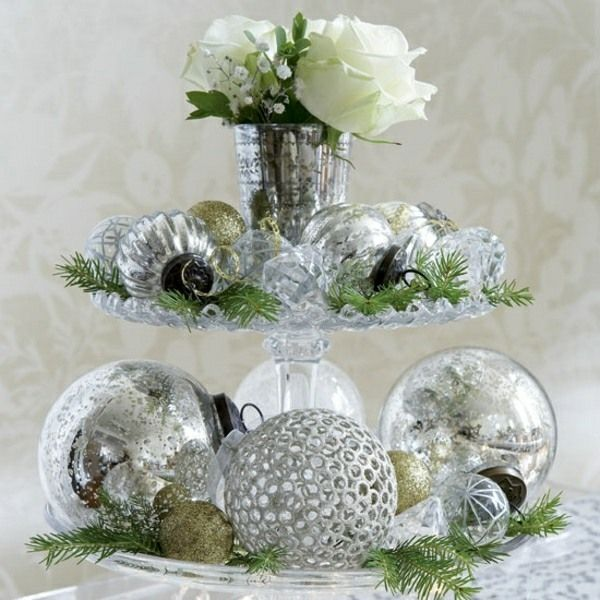Inspiring Christmas Table Decoration In Silver And Green White Roses Silver B Elegant Christmas Centerpieces Christmas Table Decorations Christmas Centerpieces