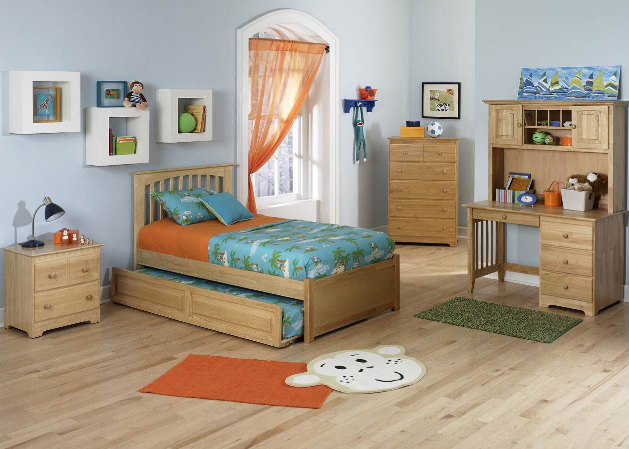 Natural Maple Brooklyn Twin Bed w/ Flat Panel Foot Board