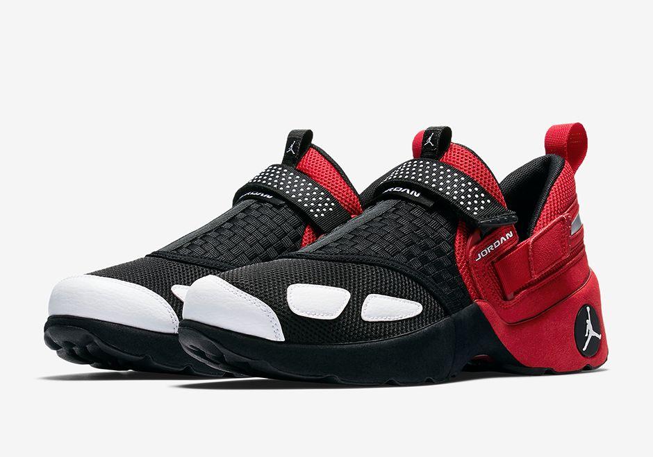 Jordan Trainer LX OG 905222-001 | SneakerNews.com