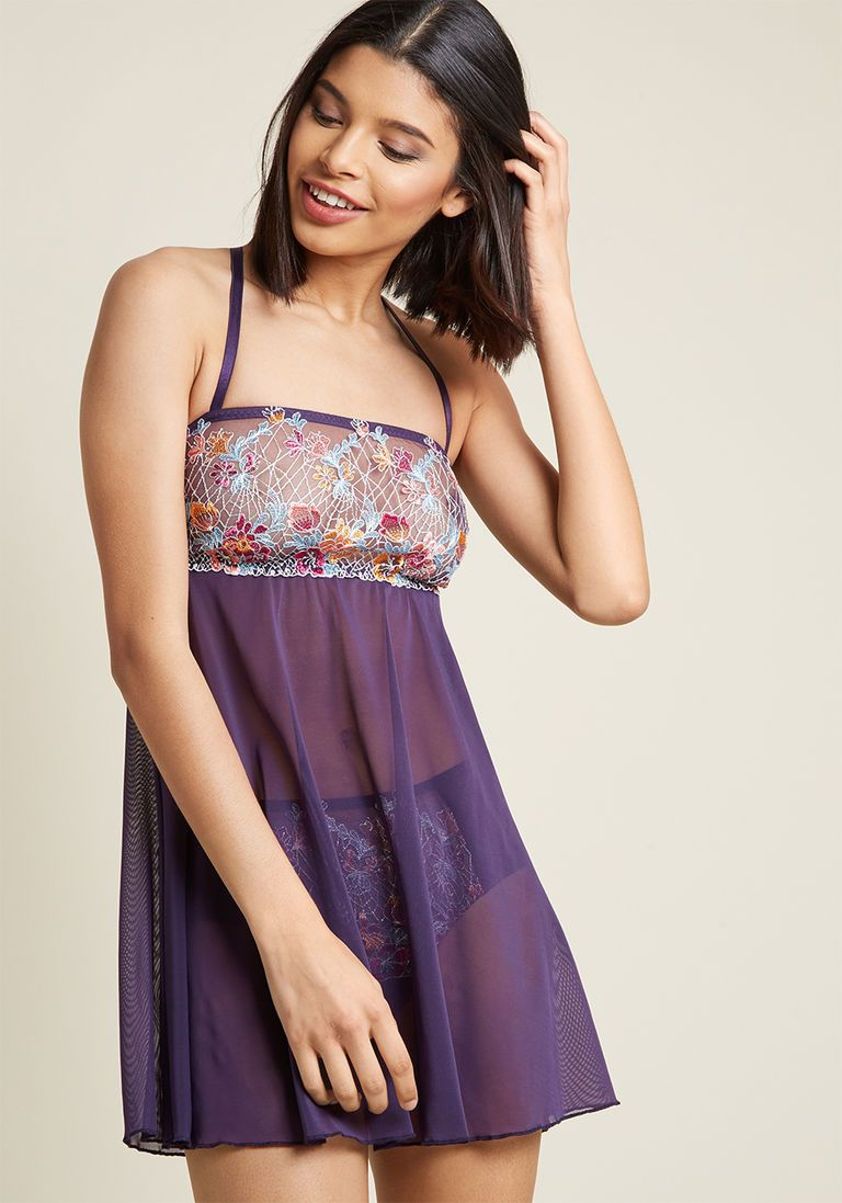 Immersed in Elegance Nightgown and Panties Set in XL Nightgowns f697b1c287