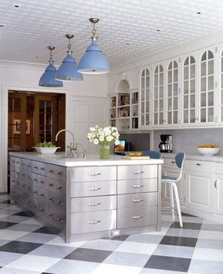 Buffalo Check Tile Or Linoleum Pattern For The Mudroom Or Laundry Room Kitchen Flooring Kitchen Design Trends Classic Kitchens
