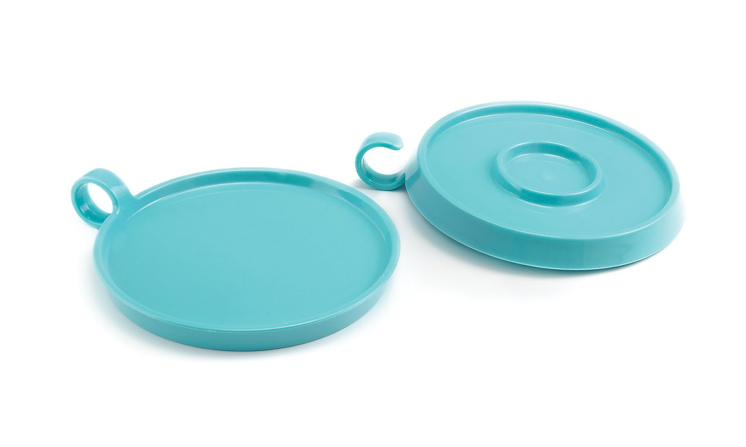 GoWARE - These little plates are as versatile as they are lightweight. On one side, a smooth plate; on the other, the center is a reservoir for dipping sauce or a condiment. The loop handle makes it hard for guests to drop. They're stackable for easy storage and made from durable, dishwasher-safe SAN plastic for easy cleaning. Available in Pacific Blue, Citrus Green, Tangerine, or Sapphire.