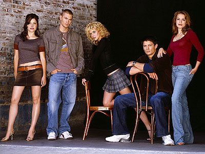 The best cast to ever be on television....ugh!! So true!!!! I miss one tree hill so so so much :(