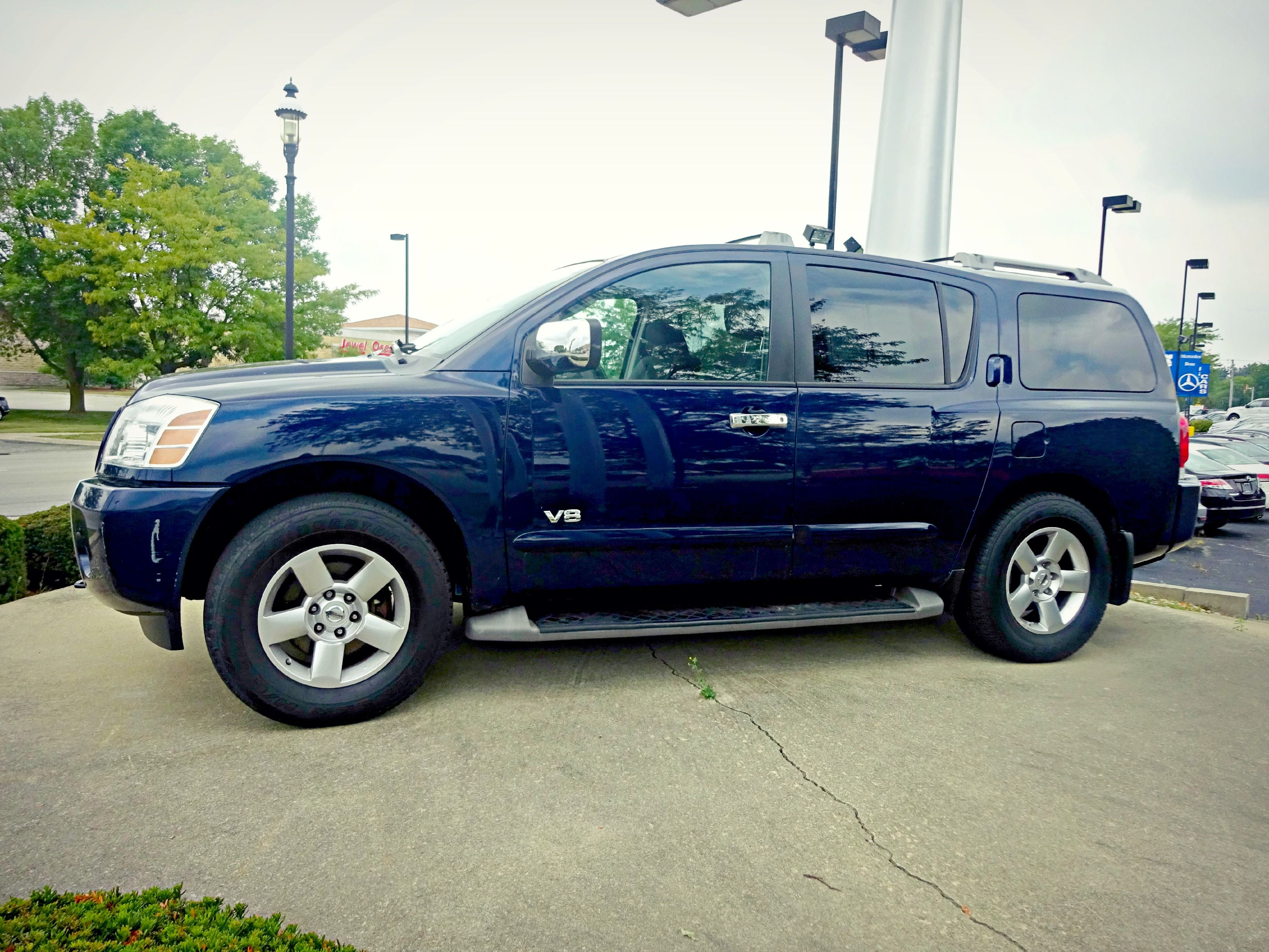 auto armada credit express vehicle overview nissan listings used platinum