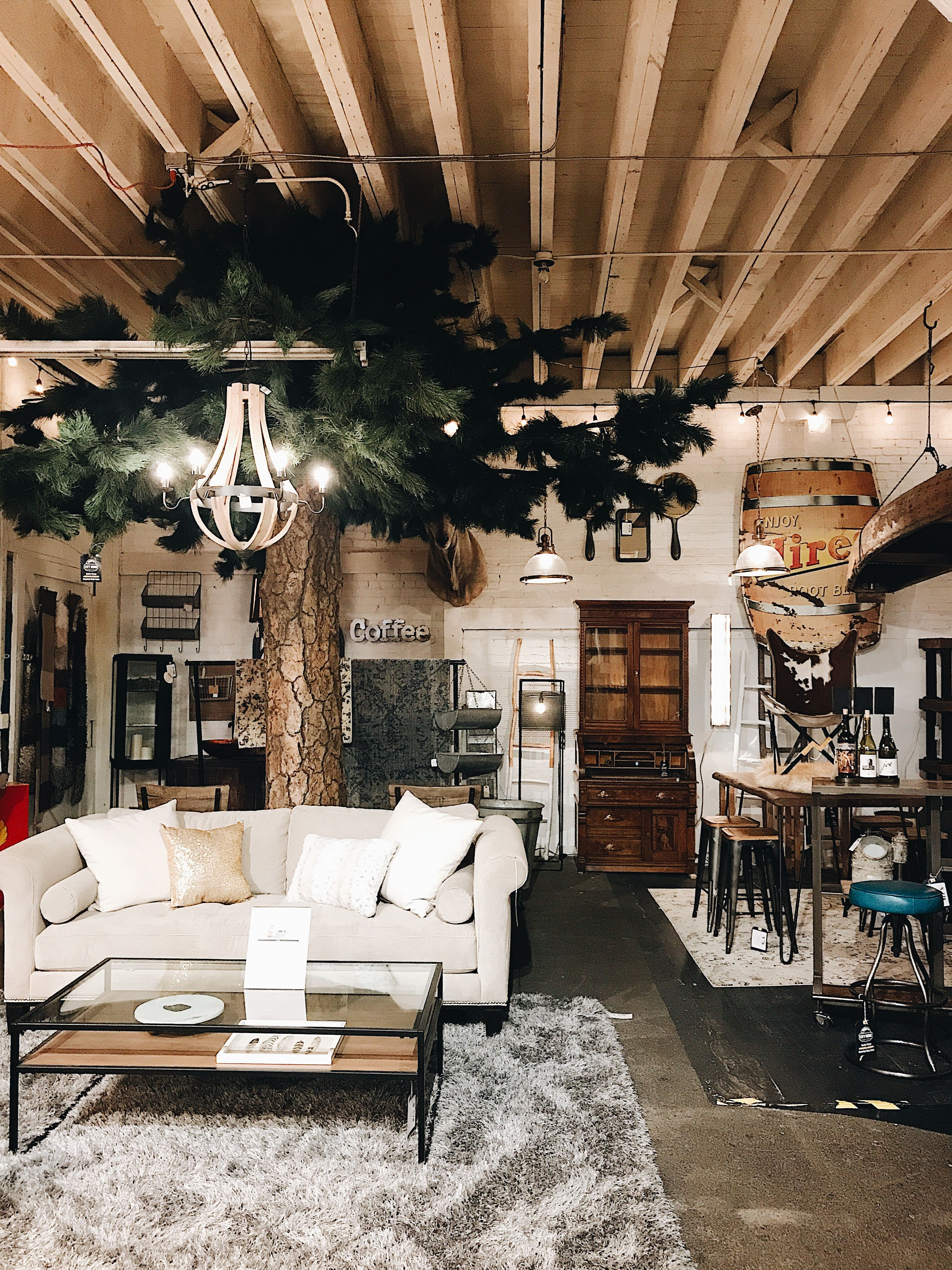Pacific Northwest Showroom Vibes At City Home In Portland Oregon Home Home Decor Beautiful Space
