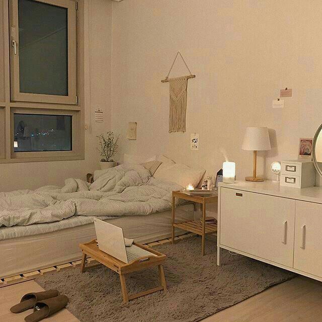 ⭐բҽҽlíx⭐   Soft Bedroom Decorating Ideas    Shabby Chic Bedrooms On A Budget    Shabby Chic Guest Room   Country Bedroom Accessories. #dekorrumah #ʀᴏᴏᴍ #shabbychicbedroom
