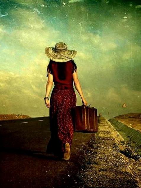 Por muy duro que sea el camino, en mí hallo la fuerza para seguir adelante.  (((Sesiones y Cursos Online www.ciaramolina.com #psicologia #emociones #salud)))