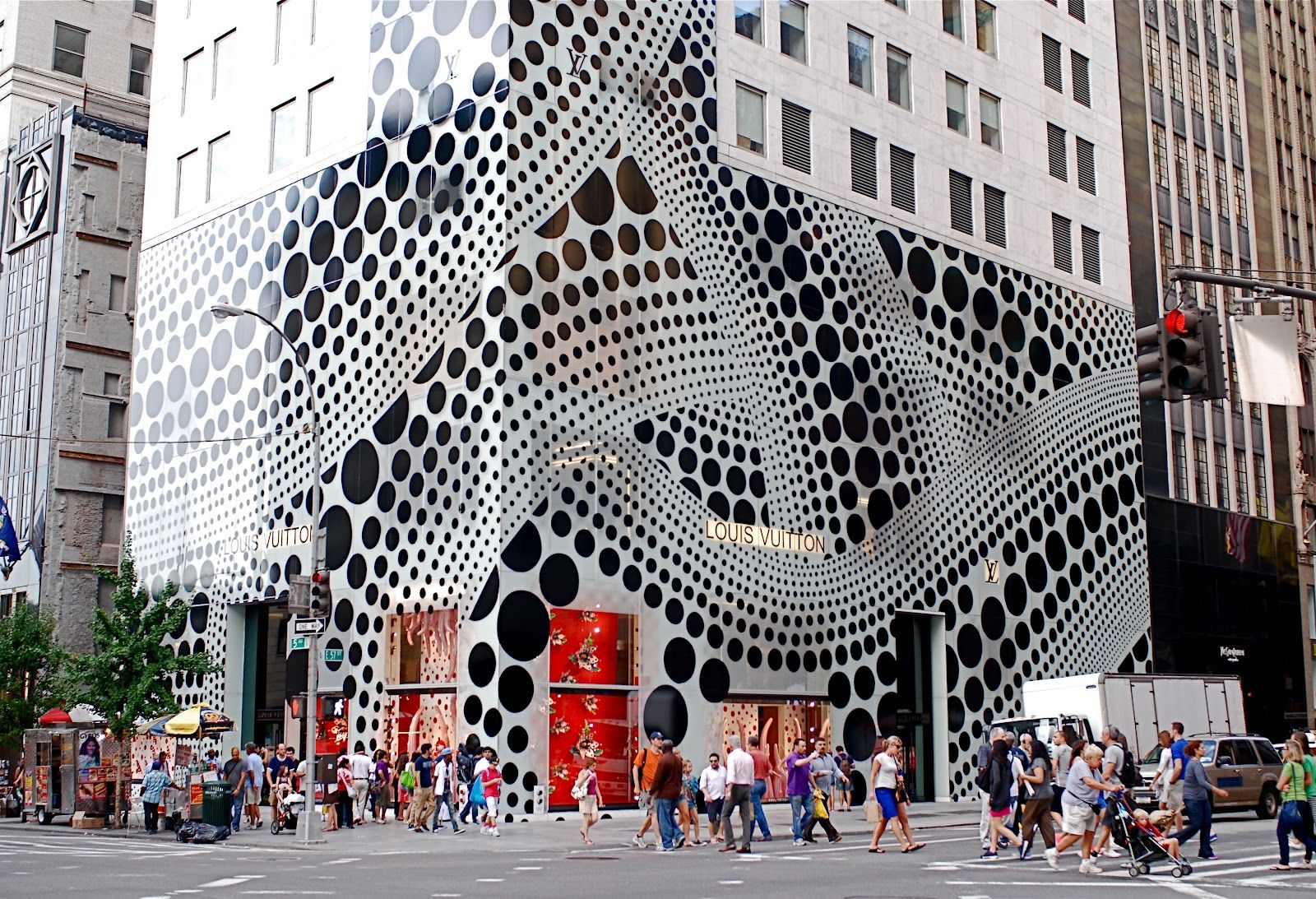 4d5b2c544a1c NYC ♥ NYC  Louis Vuitton Collaborates With Artist Yayoi Kusama - Manhattan  Flagship Store Facade and Window Displays On Fifth Avenue Go Polka Dots