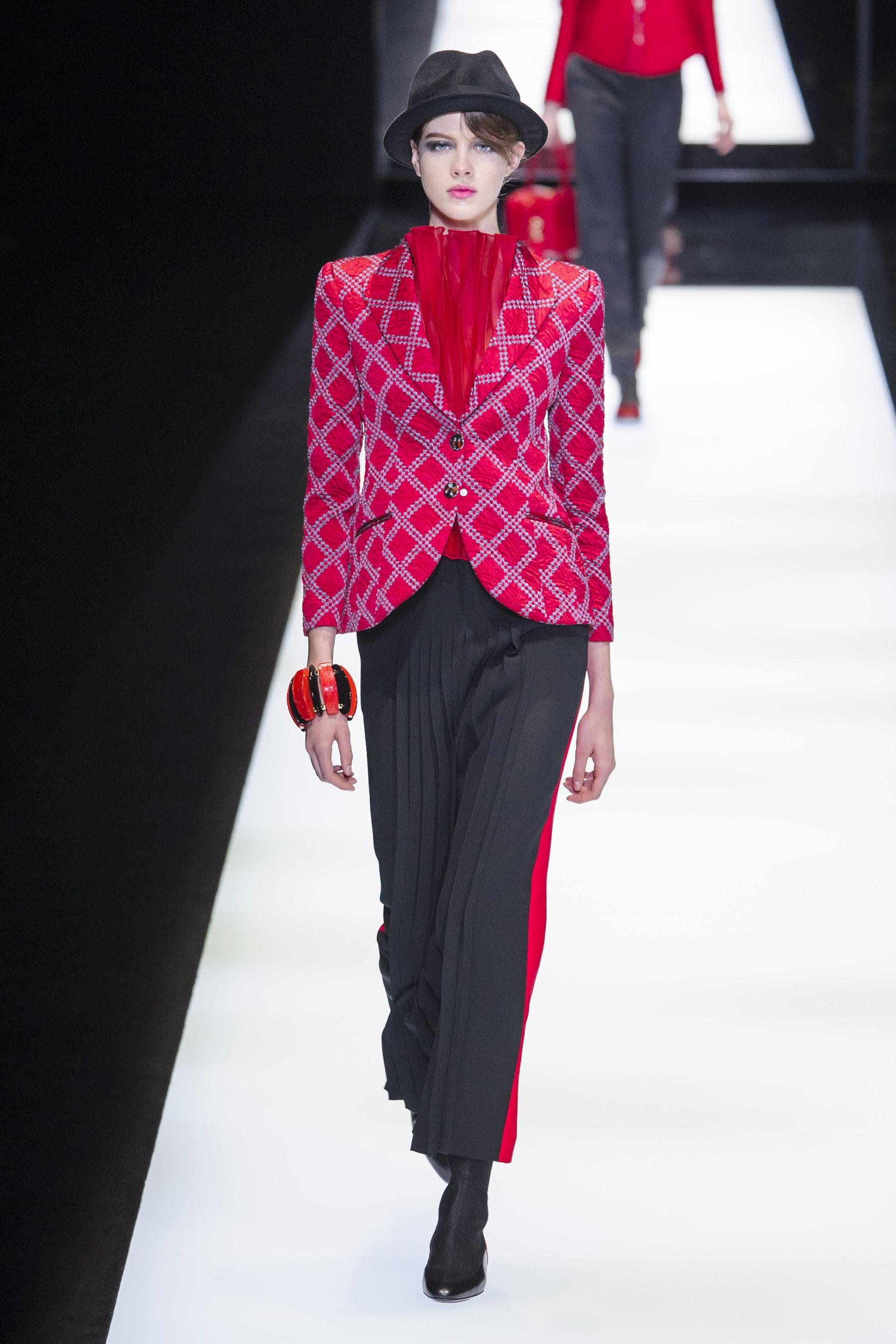 57798ac5608b Giorgio Armani Fall 2017 Fashion Show - The Impression