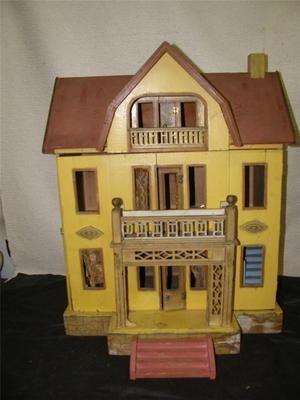german antique dollhouse | Antique Doll House Red Roof German Heymann Antique