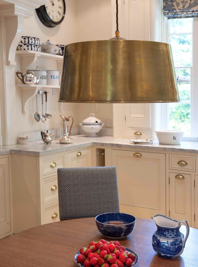 A Beautiful Country Kitchen With The Riseandfall Ceiling Shade Soane Britain Fall Ceiling Light Ceiling Lights Ceiling Shades