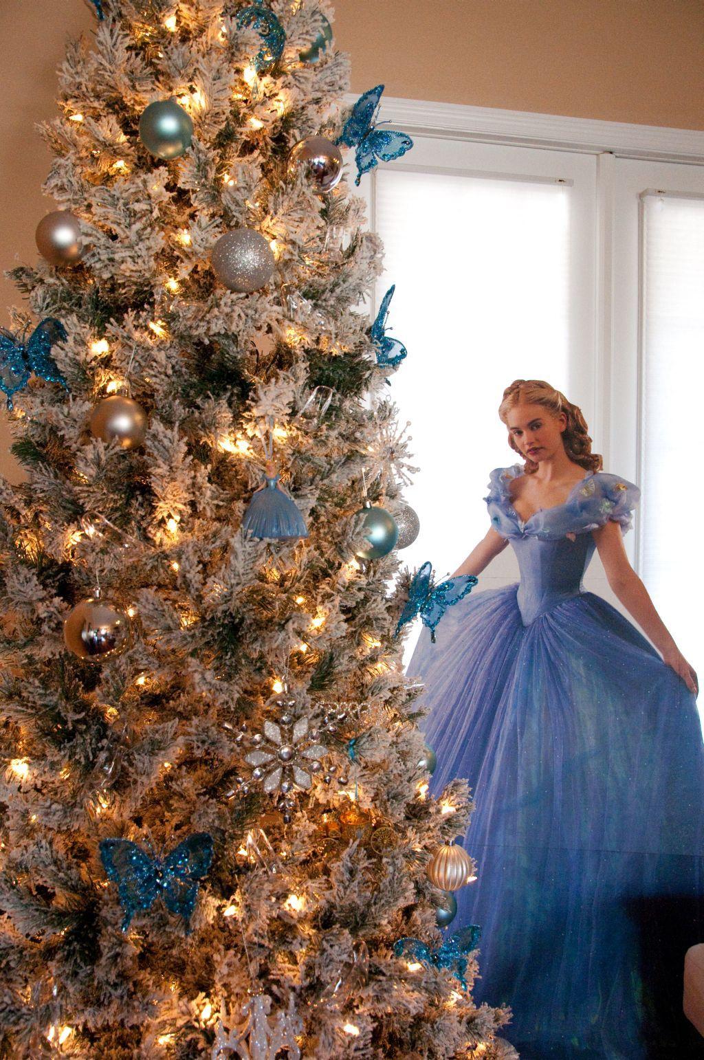 Cinderella Christmas.Cinderella Christmas Tree Cinderella Christmas Tree