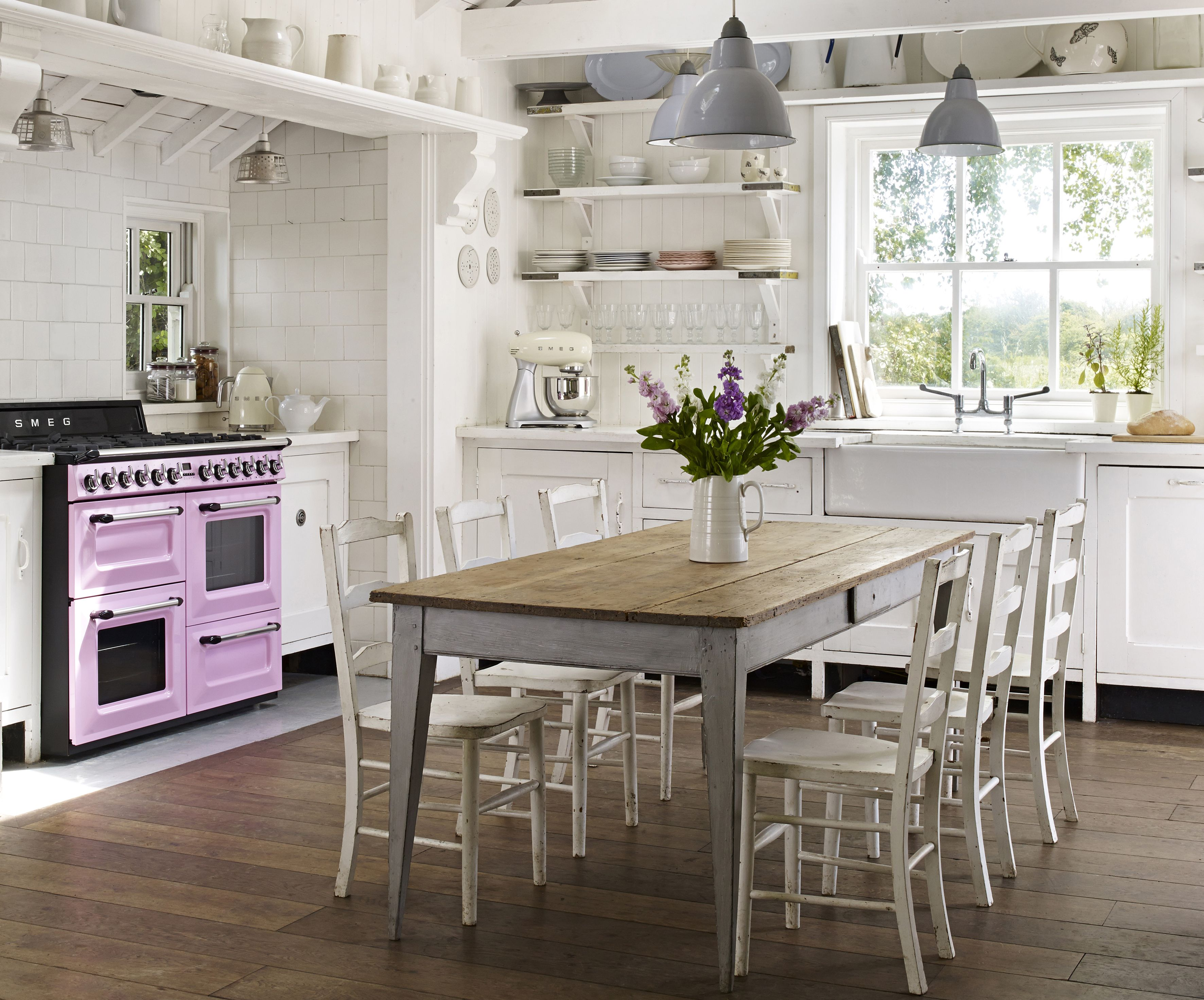 Think pink with the fabulous TR4110 Victoria range cooker from Smeg ...